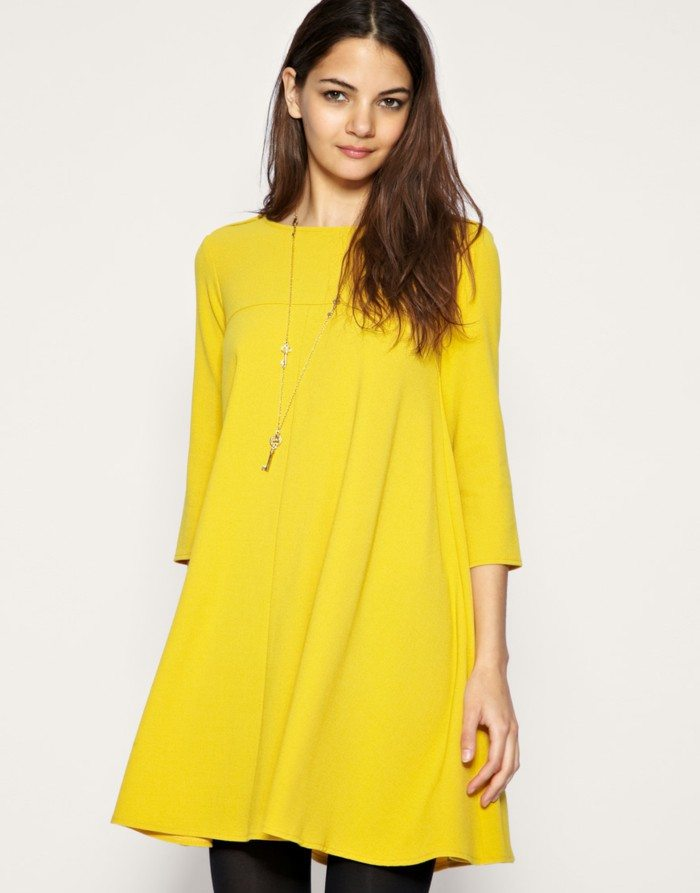 yellow-dress-everyday-life-model-feminin-trends-lifestyle